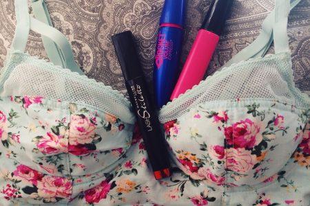 Makeup & Beauty Hacks | By North Carolina fashion, lifestyle, and beauty blogger Jessica Linn