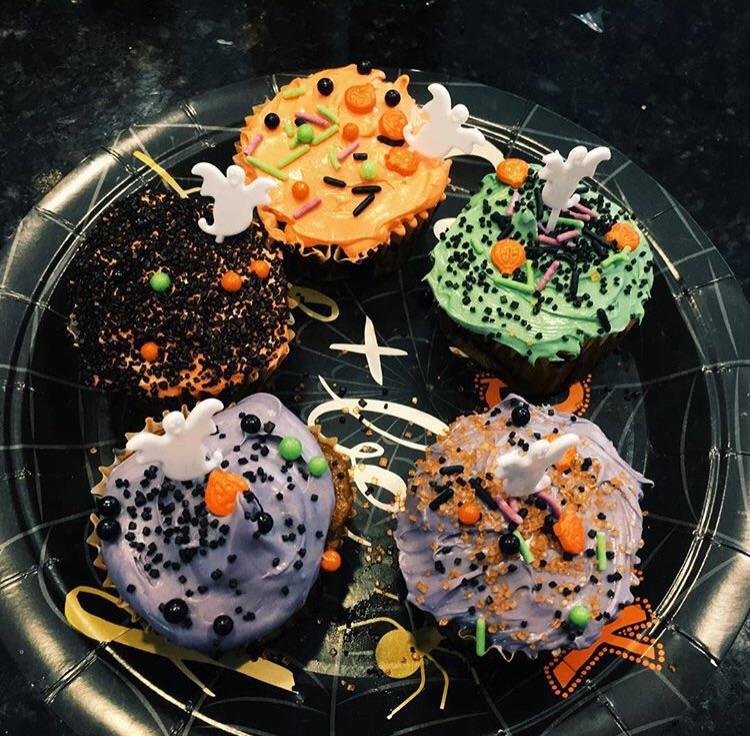 Low Carb/Low Cal Pumpkin Cupcakes (Gluten Free)