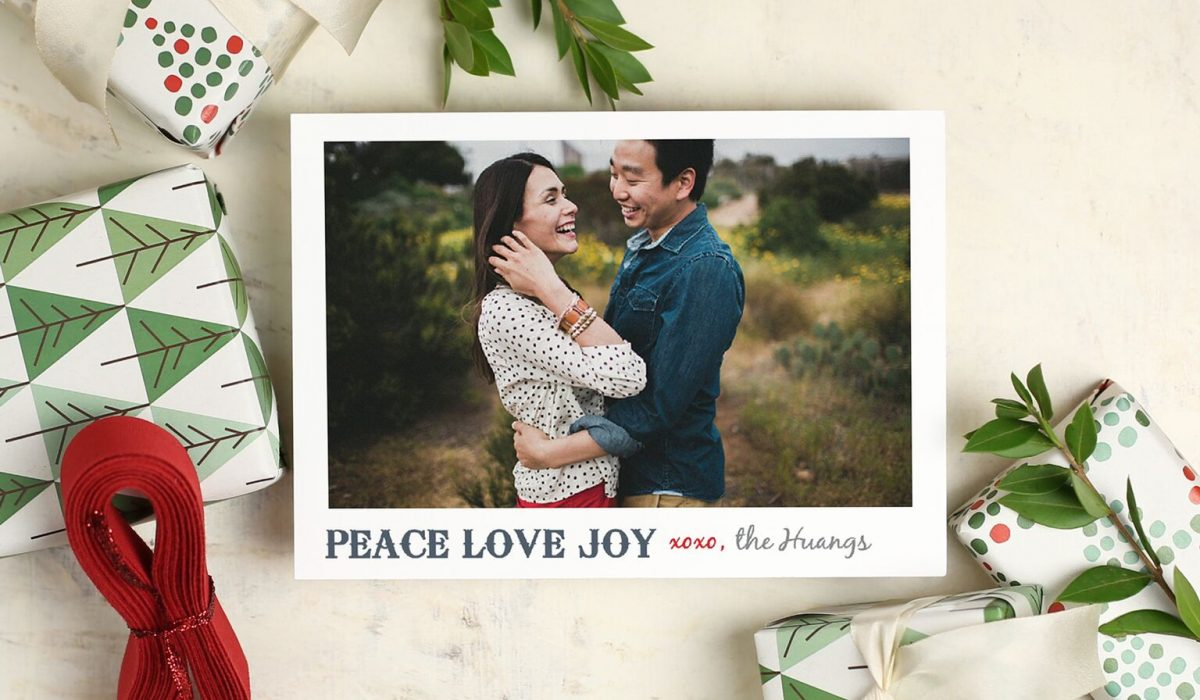 Custom Samples - Basic Invite is one of the few websites that allows customers the ability to order a printed sample of their actual invitation so they can see exactly how it will print as well as feel the paper quality before they ever have to place their final order. Holiday Photo Cards