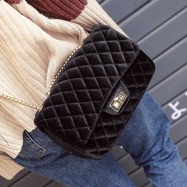Valentines Day gift ideas for women by North Carolina lifestyle and fashion blogger Jessica Linn | Jasmine Quilted Velvet Black Purse from Copper Bloom