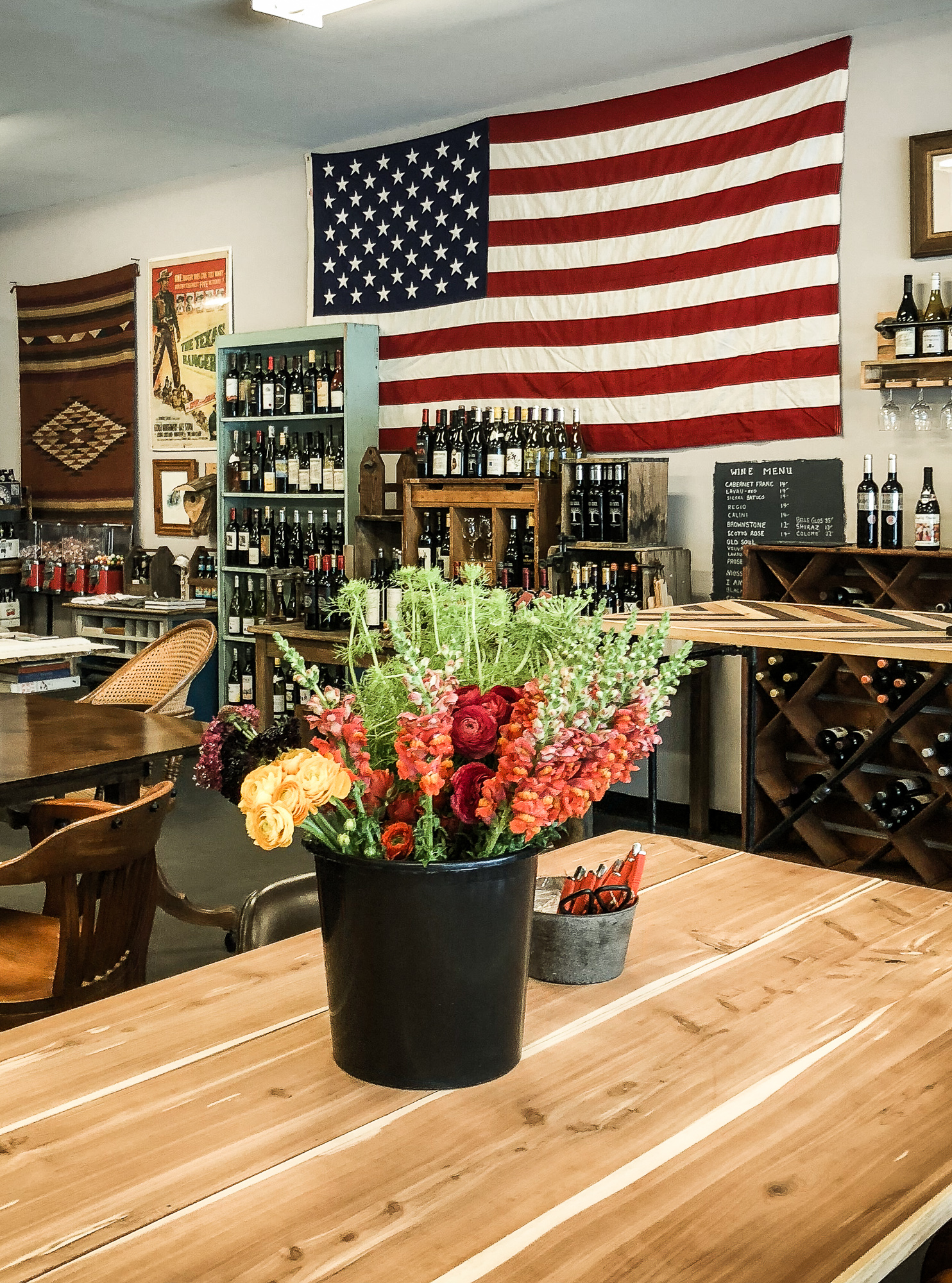 Fun Things To Do In Fayetteville North Carolina. Cary NC blogger Jessica Linn touring historic and downtown Fayetteville NC First Stop was LeClair's General Store for coffee, shopping, and flower arranging classes with Gathered.