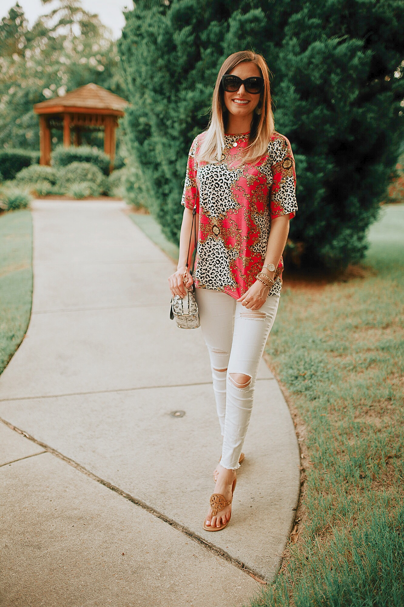 Inexpensive affordable online clothing brands by North Carolin fashion and lifestyle blogger Jessica Linn.