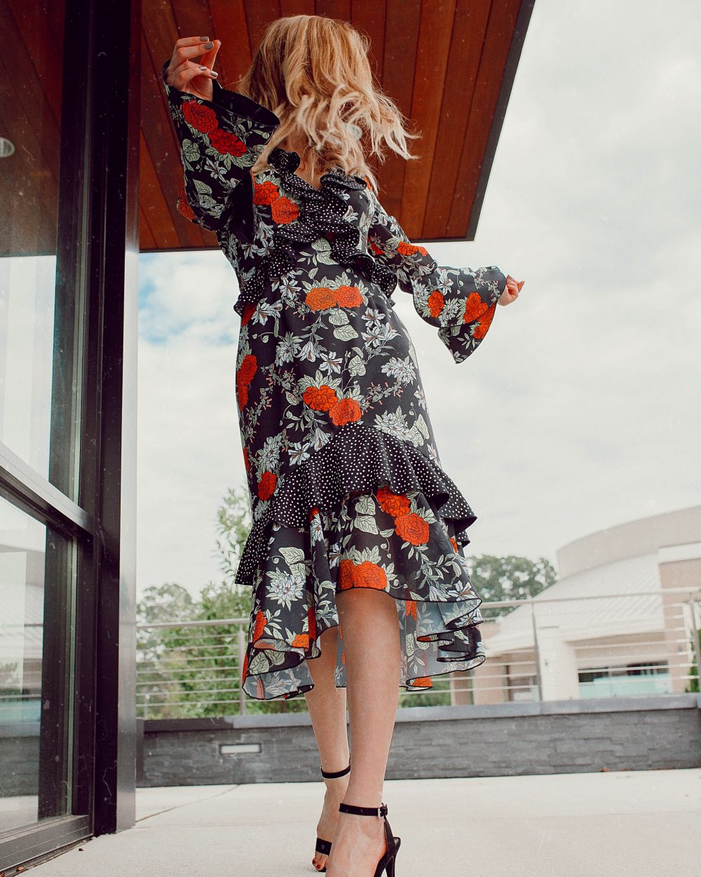 What to Wear to a Fall Wedding   Outfit Ideas For All Types Of Weddings