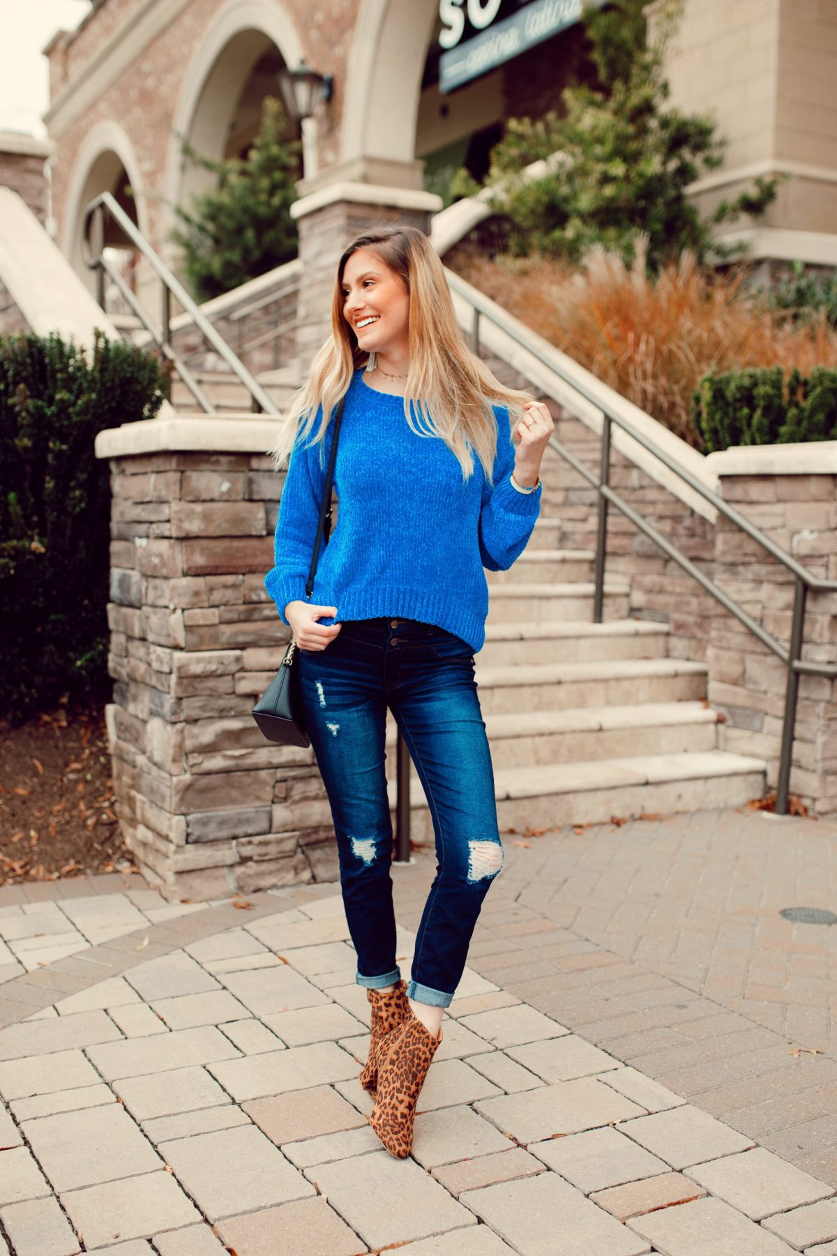 How To Wear A Cropped Sweater When You're Self-Conscious | How To Wear A Crop Top by North Carolina fashion and lifestyle blogger Jessica Linn.