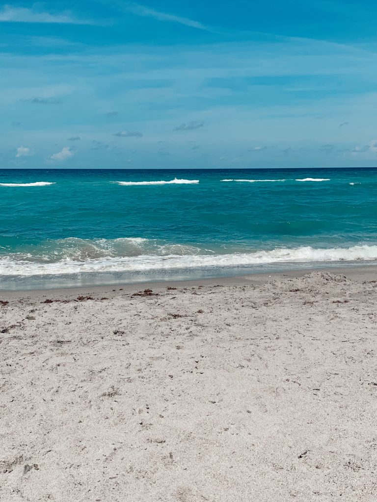 Things To Do In Jupiter Florida: Hobe Sound Beach