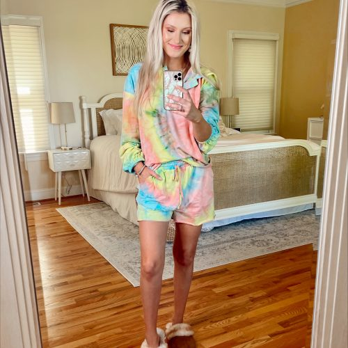 Affordable Stylish Lounge Outfits | My Favorite Lounge Wear | Jessica Linn | Neon bright tie dye lounge set