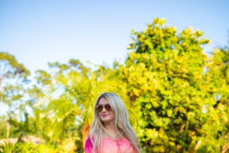 What I Wore To Jupiter Florida In April | by Jessica Linn | Flowing long colorful top from online womens boutique Copper Bloom